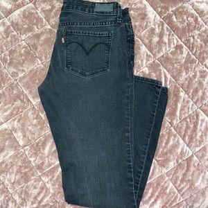 Levi's Denim slight curve skinny jeans in Charcoal